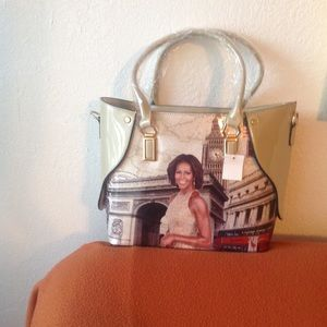 MICHELLE OBAMA WORDLY BEIGE TOTE